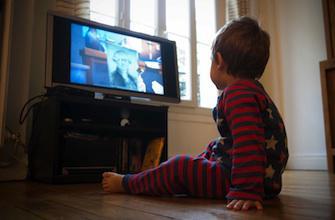 Les chutes de téléviseurs sur les enfants ont explosé de 125 %