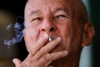 L'Académie de médecine fustige la politique anti-tabac