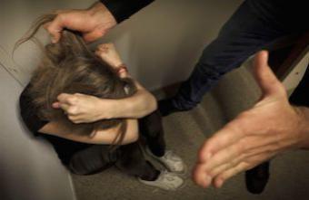 Violences conjugales : les couples homosexuels durement touchés