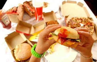 Fast-food : 1% des menus pour enfants sont jugés sains
