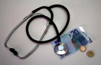 Les revenus des médecins libéraux en baisse