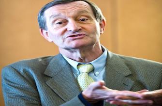 Le député Gérard Bapt réclame le retrait immédiat de Diane 35
