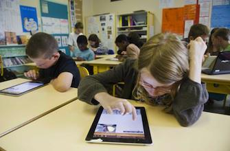 L'enfant face aux écrans : éduquer sans proscrire