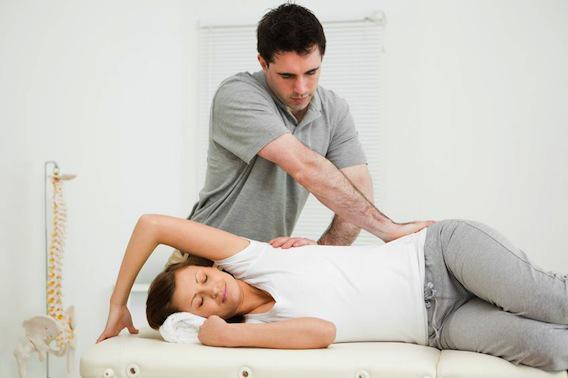 Lombalgies : l'ostéopathie efficace pour réduire la douleur