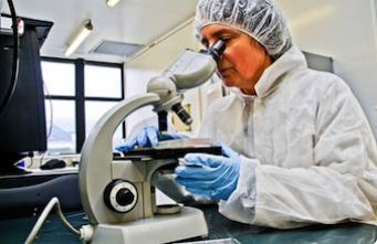 Lyon : neuf cas de cancer suspects dans un même laboratoire