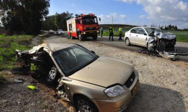Travailler en conduisant, accident au tournant