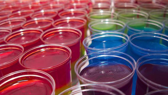 Binge drinking : les jello shots de plus en plus populaires