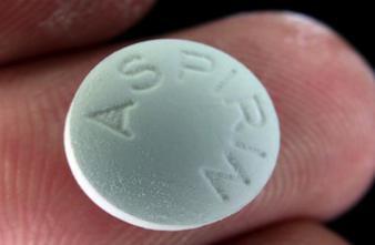 Cancer du côlon : l'aspirine diminue le risque de décès