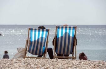 Soleil : pourquoi les adeptes des UV deviennent accros