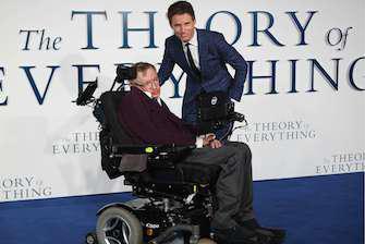 Biopic sur Stephen Hawking : coup de projecteur sur la maladie de Charcot