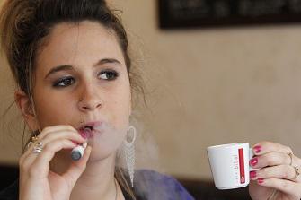 Cigarette électronique : porte d'entrée vers le tabac ?
