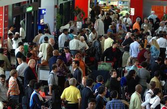 Coronavirus : vigilance renforcée dans les aéroports