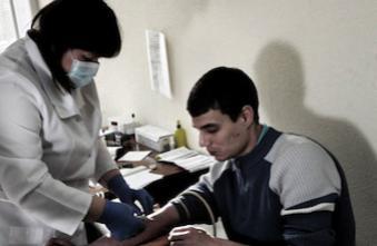 Hépatite C : la Haute Autorité de Santé favorable aux tests rapides