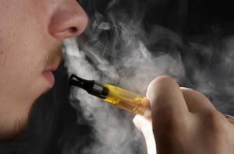 E-cigarette : vers une meilleure information des vapoteurs
