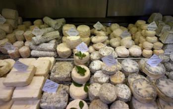 E. coli : pourquoi fallait-il retirer de la vente les 5 fromages infectés