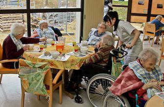 Fermeture d'une maison de retraite pour raisons de santé