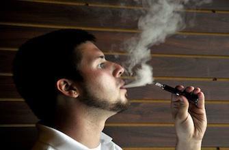 Arrêt du tabac : la cigarette électronique est aussi efficace que  les patchs