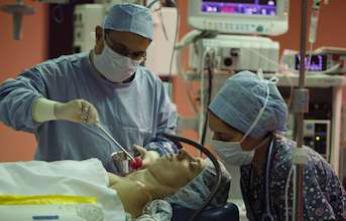 Cancer du sein : les patientes satisfaites de l'opération sous hypnose