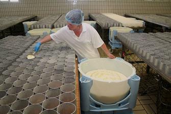 Les pédiatres américains veulent interdire le lait cru
