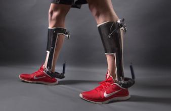 Marche : un exosquelette pour aider les personnes handicapées