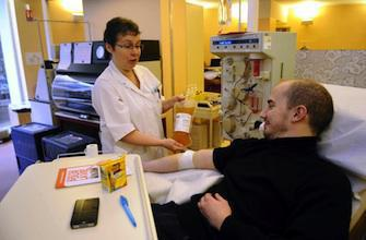 Journée mondiale : l\'Oms défend le don de sang non rémunéré