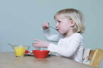 Repas : les enfants victimes du nomadisme alimentaire