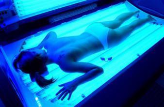 UV artificiels : les jeunes plus exposés au cancer de la peau