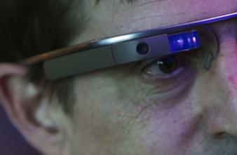 Un adepte des Google Glass en cure de désintoxication