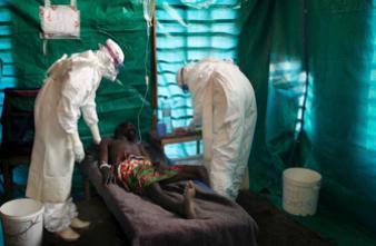 Fièvre Ebola : la Guinée annonce que l'épidémie est maîtrisée