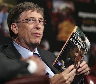 Bill Gates et Michael Bloomberg en guerre contre l'industrie du tabac