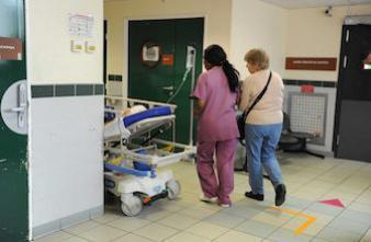 Grippe : un patient sur 2 en réanimation a plus de 65 ans