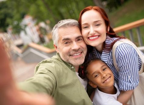 Comment se construit l'amour des parents adoptifs - Pourquoi Docteur ?
