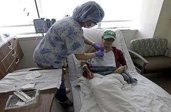 Cancer : les bactéries intestinales dopent la chimiothérapie