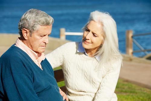Alzheimer : les femmes préservent plus longtemps la mémoire verbale