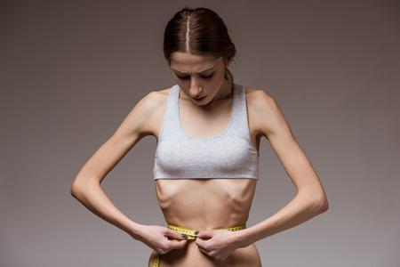 Anorexie : la stimulation transcrânienne peut réduire les symptômes