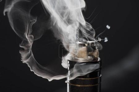 la cigarette lectronique responsable de maladies du poumon avec certains e liquides vendus sur. Black Bedroom Furniture Sets. Home Design Ideas