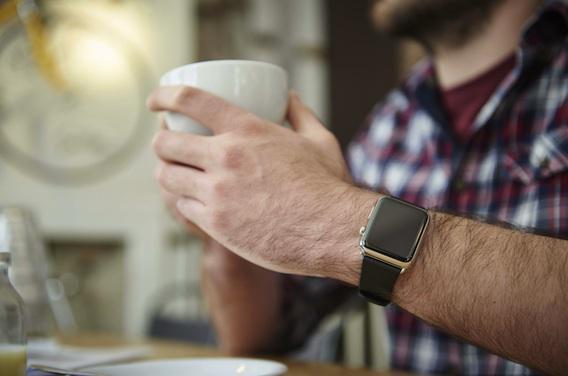 Un sexagénaire s'autodiagnostique une maladie cardiaque avec l'Apple watch