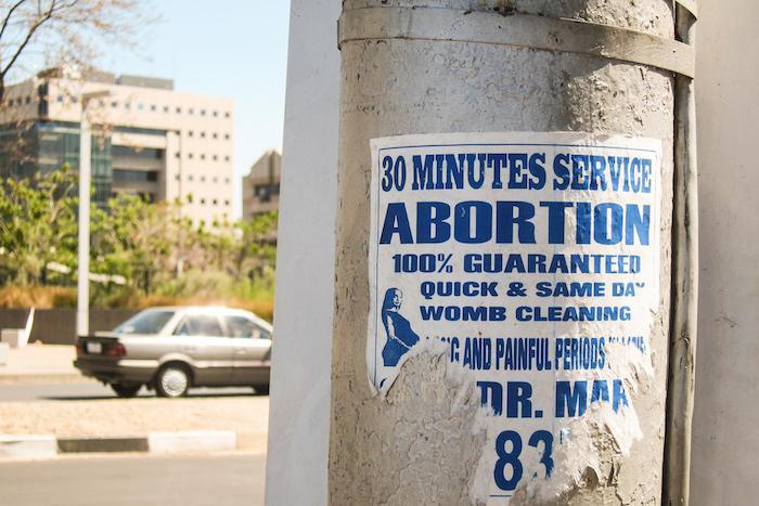 Un avortement sur deux pratiqué dans des conditions risquées