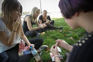 Campagne anti-tabac : 2 jeunes sur 3 négligent le risque de dépendance