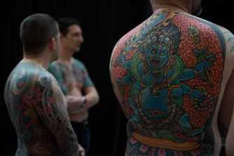 Tatouages : pourquoi les médecins sont contre les encres de couleur