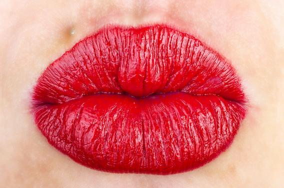 Ig Nobel : des baisers pour se protéger des allergies