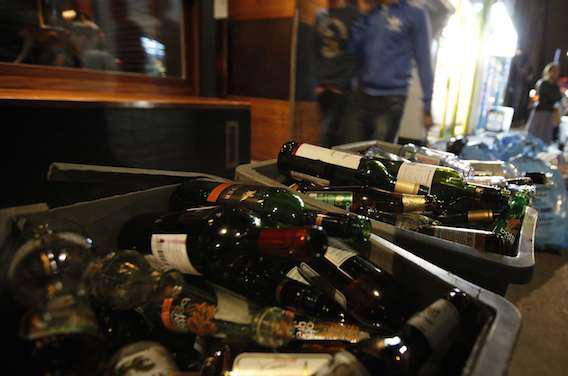 Alcool : binge drinking et consommation chronique, cocktail détonnant pour le foie