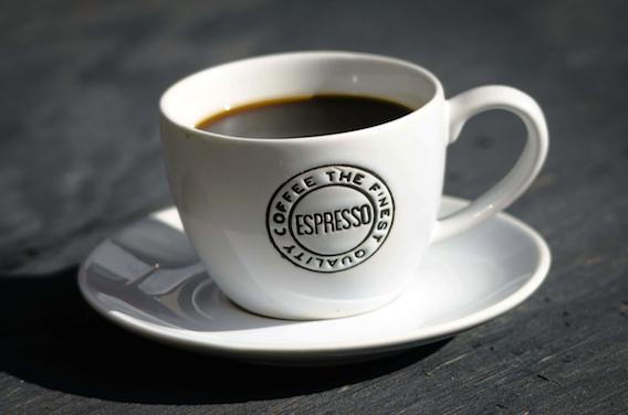 Deux cafés par jour pour prévenir des maladies chroniques