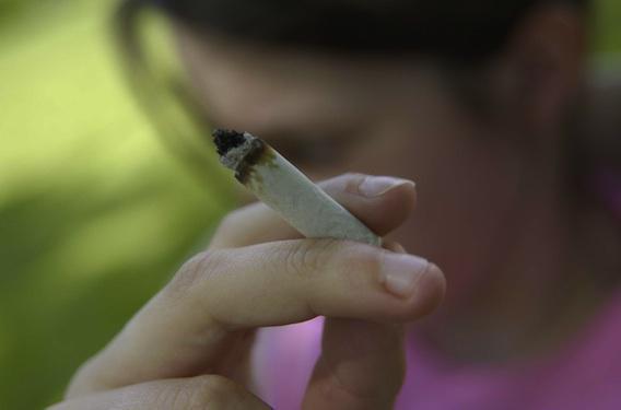 Cannabis : une consommation précoce a plus d'impact sur le cerveau