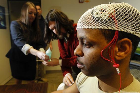 Cerveau : la stimulation électrique altère la mémoire