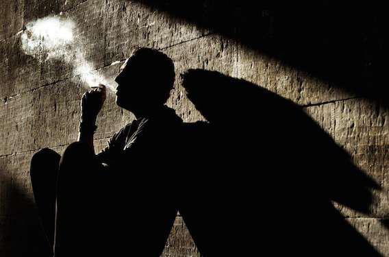 Le tabagisme passif augmente le risque d'AVC  de 30 %