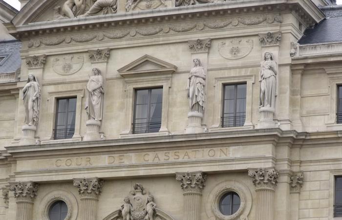 Sexe neutre : la Cour de cassation refuse de l'inscrire à l'état civil