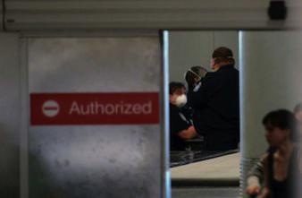 Ebola : la France exclut le contrôle à l'arrivée des passagers