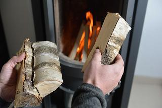 Pollution : la motié des appareils de chauffage au bois doivent être remplacés