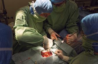 Une Bulgare se fait retirer une tumeur de 23 kg